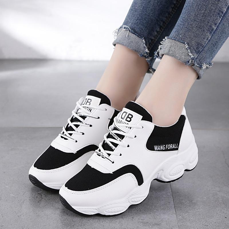 e27c6b6df أزياء سيدة عارضة حذاء أبيض النساء حذاء رياضة الأسود الترفيه سميكة سوليد أحذية  الشقق عبر تعادل
