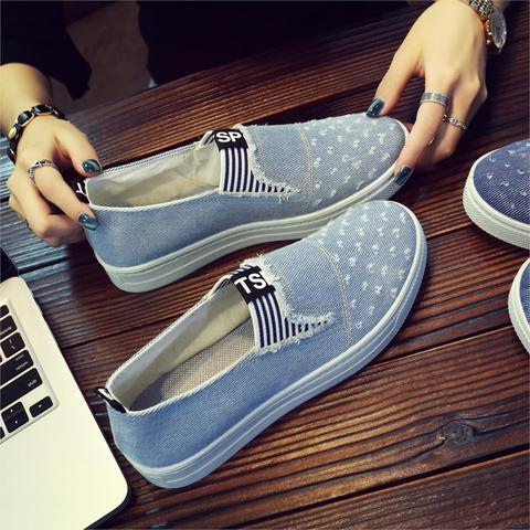 Women Denim Shoes flats Fashion Casual Jeans Shoes Girl Classic Soft Flats Soles Students Spring Canvas Shoes Lady New Arrival Lahore