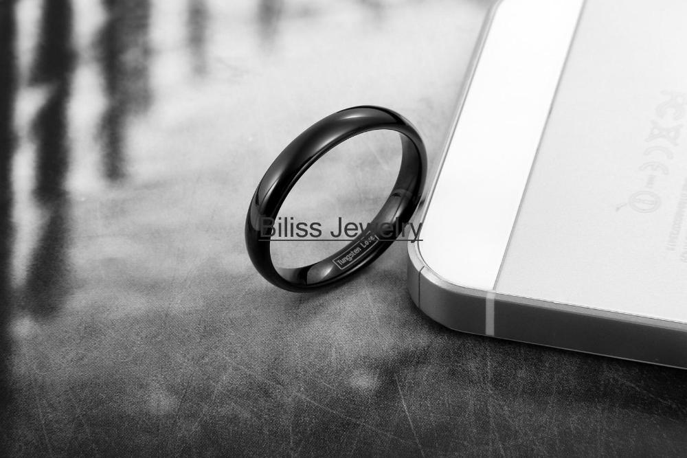 Fashion 4mm Black High Polished Plain Dome Tungsten Carbide Rings for Women Men Party Engagement Anniversary Ring Jewelry Gift