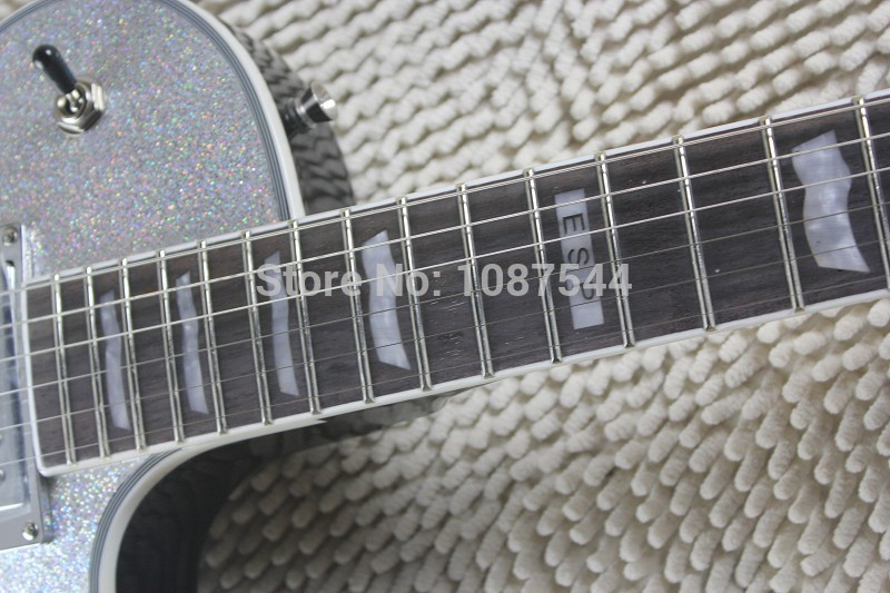 Free shipping ESP Standard Series Truecolor bei serging ESP ECLIPSE silver powder color electric guitar with amplifier circuit