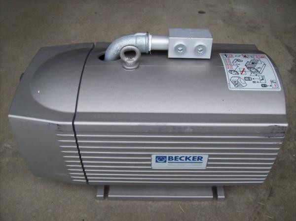 Industrial Commercial OIL LESS VACUUM PUMP becker vt 4.40 vacuum pump  3-ph 1,25/1,50 kW small vacuum pump 617cd32 small ac oil free vacuum pump