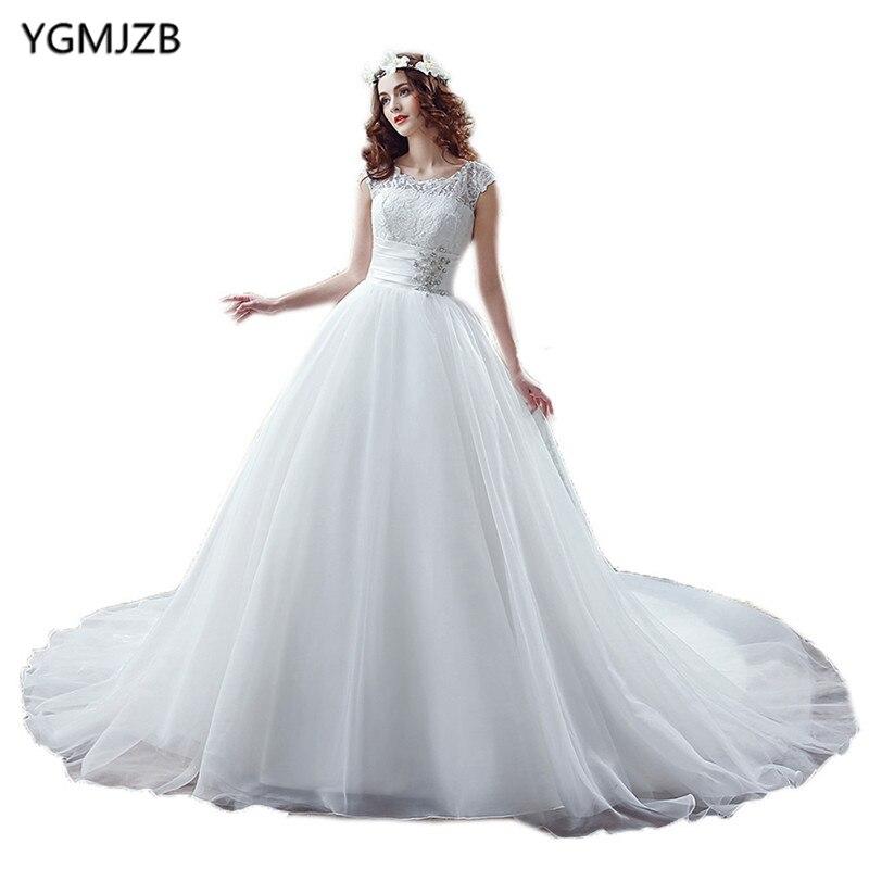 df02821670c1 Trouwjurk Unique Vintage Lace Wedding Dresses 2018 Ball Gowm Scoop Cap  Sleeves Beaed Bridal Dresses Wedding Gown Plus Size-in Wedding Dresses from  Weddings ...