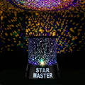 Novedad Luz de La Noche Romántica de Regalo Hermosa Amo de la Estrella Cielo Cosmos Proyector Estrellado Lámpara Giratoria AA batería o de alimentación de CC