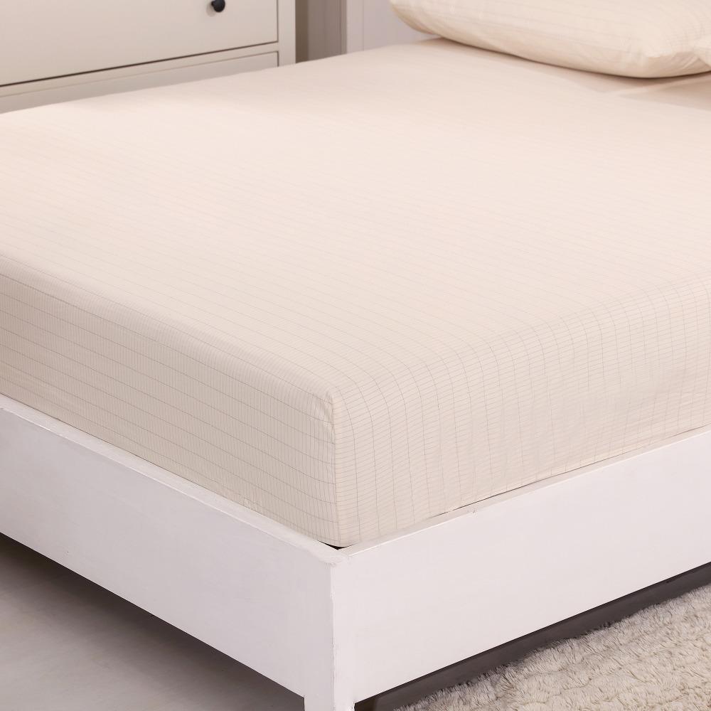 Maandusega voodilina suurele voodile