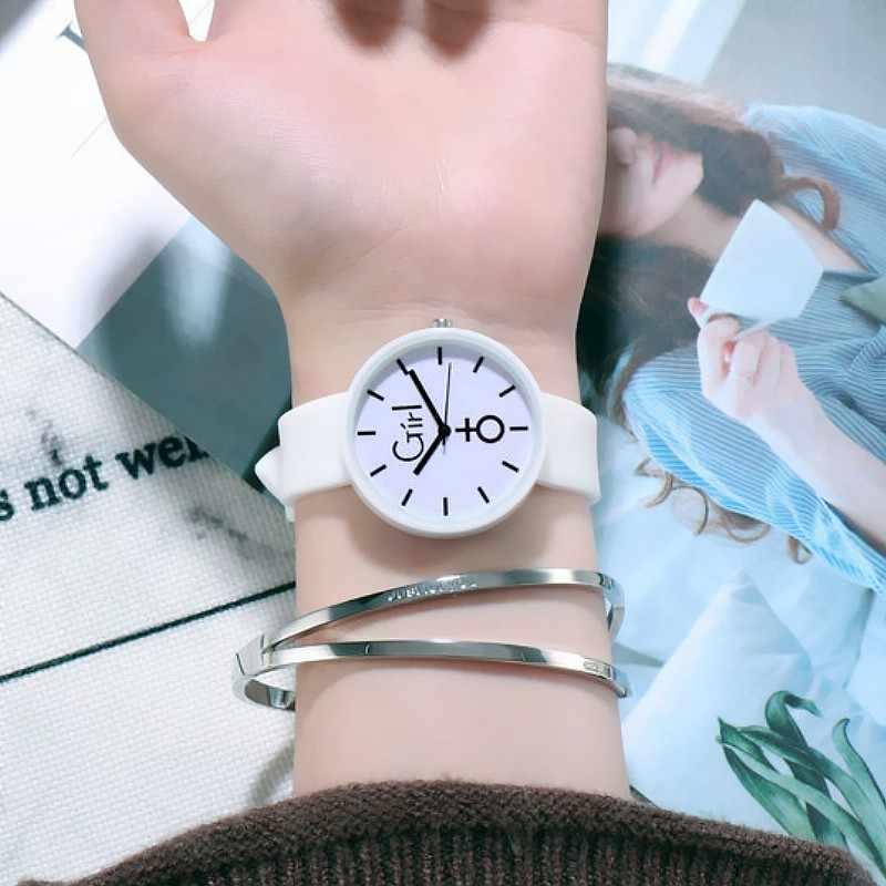クリスマスギフトかわいいシリコーン腕時計の少年の子供腕時計スポーツ腕時計ホット漫画腕時計新ファッションキッズ腕時計
