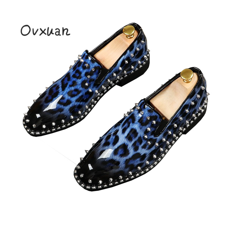 Ovxuan New Blue Patent Leather Male Shoes Party and Wedding Leopard Print Men Dress Shoes Fashion Gorgeous Rivets Men Loafers
