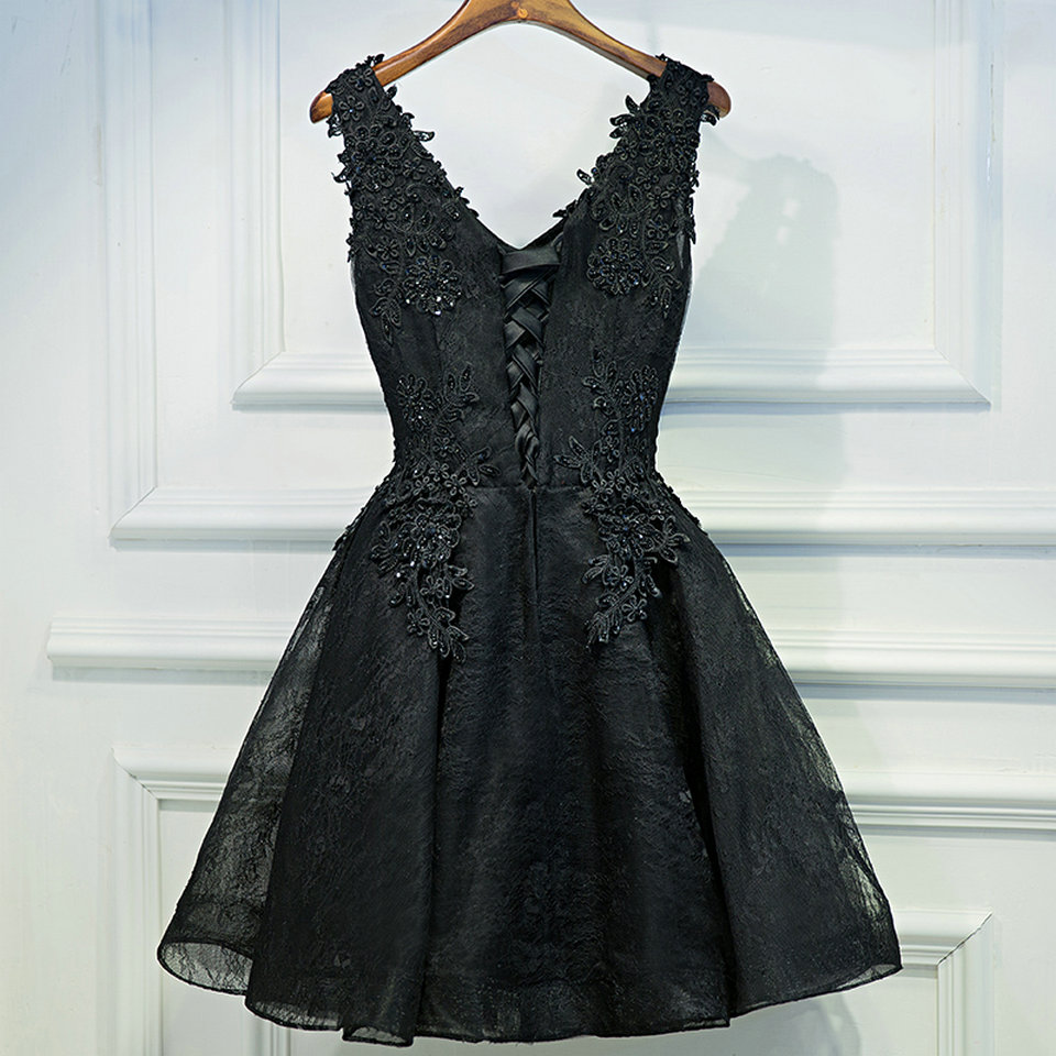 Sexy Black Prom Dresses Short 2018 Burgundy Prom Dress V Neck Appliques Beading Lace Up Cheap Women Cocktail Party Gown Casual 2