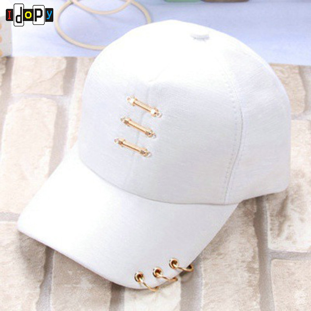 Fashion Style Ladies Cotton Baseball Caps Four Color To Choose Adjustable  Sun Hats With Rings For Women 5148c8c416c4