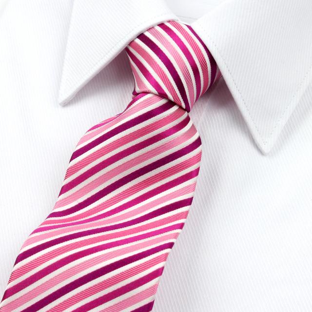 2016 Nueva Llegada Garantizó el 100% Corbata de Seda Para Hombres Corbatas Diseñadores Marca de Moda Pink Raya Blanca 8.5 cm venta al por mayor