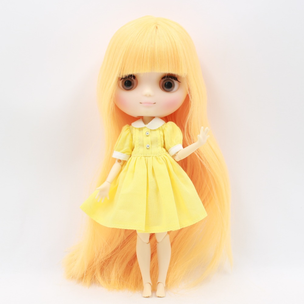 Middie Blythe Doll Pink Blue Yellow Dress Outfit 2