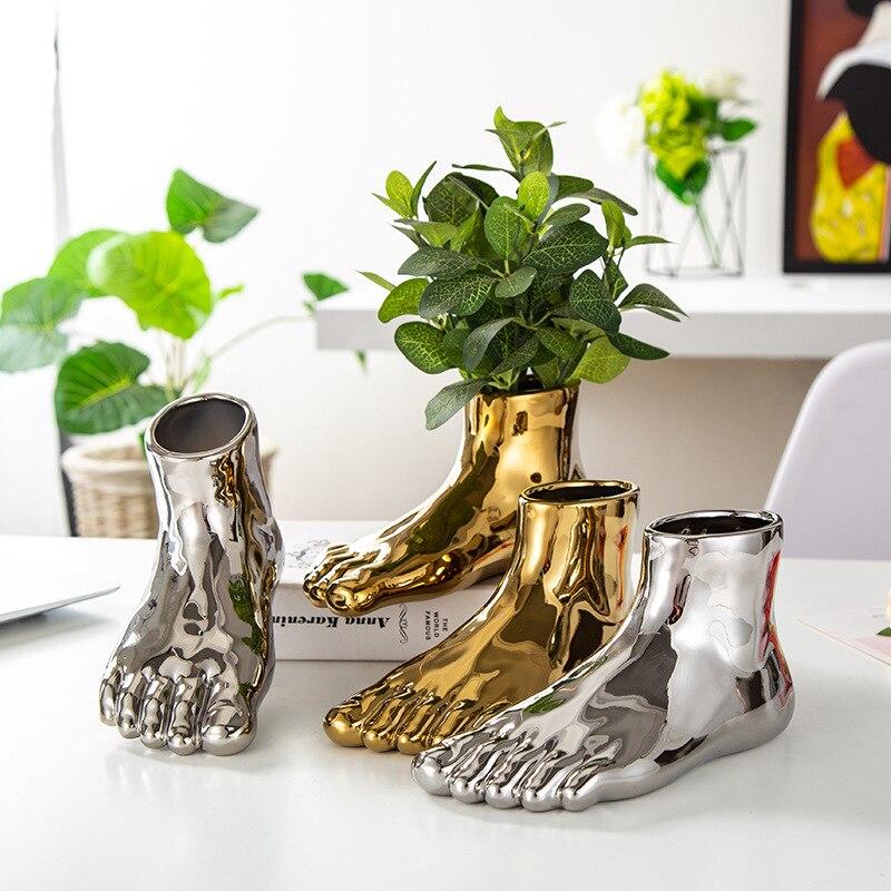 Fornasetti Design Foot Vase Gold Sliver Bionic Limb Decorative Pot Modern Creative Flower Arrangement Art for