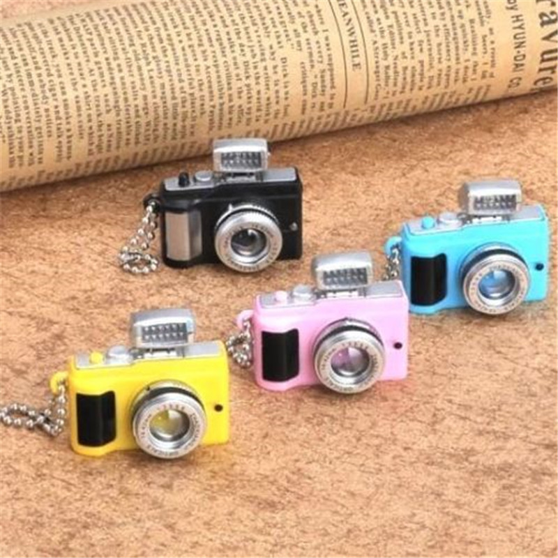 EatingBiting(R) X1 Random Mini Toy Camera Charm Keychain With Flash Light Sound Effect Gift