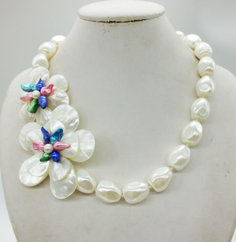 Takı ve Aksesuarları'ten Gerdanlık Kolyeler'de Inanılmaz!!! Klasik Beyaz Deniz Kabukları Barok Boncuk, El Örgü Çiçek Kolye'da  Grup 3