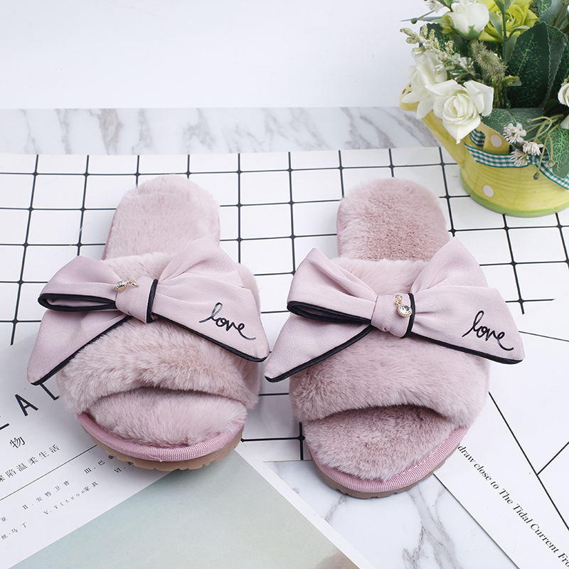 Shoes Women 2018 Winter Home Slippers Warm And Cozy Slippers Indoor Faux Fur Soft Doodles Bow Ladies Shoes Hot Sale SA21 hot sale leopard pattern faux fur trapper hat for women