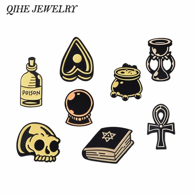 QIHE bijoux sorcière assistant article devin cristal bougie Potion chaudron Poison Ouija squelette broche foncée émail broches