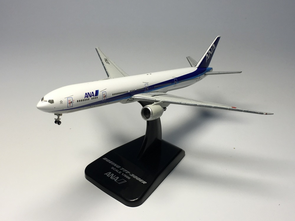 цена  hogan 1:500 ANA - All Nippon Airways B777-300ER JA784A Diecast Airplane model  онлайн в 2017 году