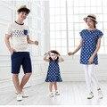 Roupas da família Olhar Família Filho Pai Mãe Filha Vestido 2017 Verão T-Shirt de Algodão Polka Dot Família Roupas Combinando