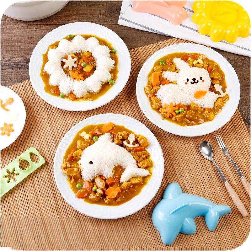 4pcs/lot Cute Rice Roll Mold Onigiri Sandwich Bento Maker Cartoon Rabbit Sunflower Smile Dolphin Shape Kitchen DIY Sushi Tools