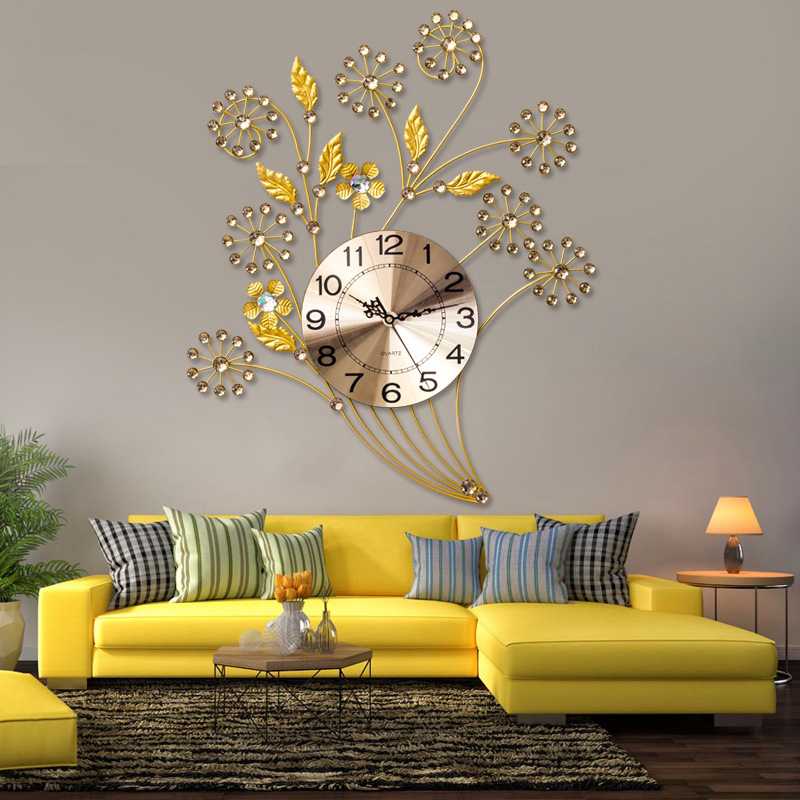 European Crystal Beautiful Mute Clock Simple Creative Living Room Wall Clock Modern Home Clock Fashion Decorative Quartz Clock