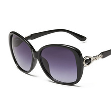 2017 New Fashion Big Box Anti-UV400 Sunglasses, Women colorful Sun Glasses outdoor Eyewear Gafas Oculos De