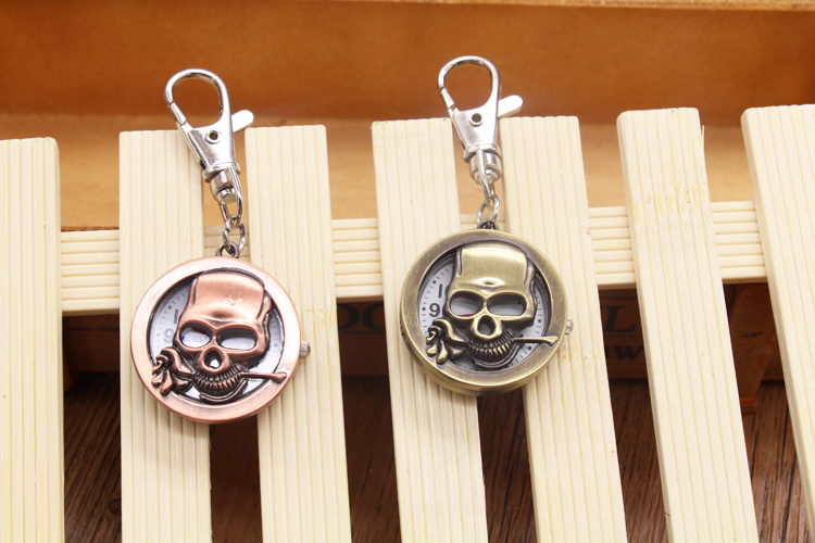 17324a523023 Cráneo hueco bronce retro reloj de bolsillo colgante collar Cadena de  bolsillo unisex