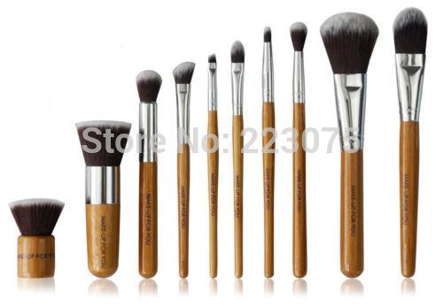 цена на 10pcs New Makeup Brushes Bamboo Handle Brush Set Blush Eye Shadow Foundation Brush Kit