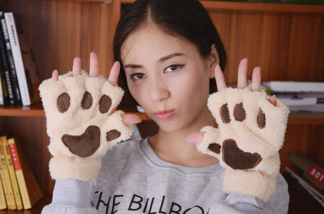 800pair/lot Fluffy Bear/Cat Plush Paw/Claw Glove soft toweling lady's half covered gloves 1