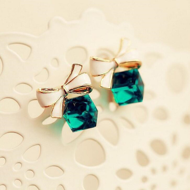 Gold Color Bowknot Cube Crystal Earring Square 3
