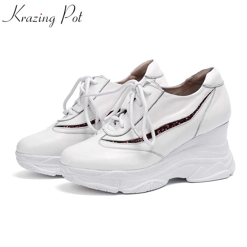 Ayakk.'ten Vulkanize Kadın Ayakkabıları'de Krazing Pot 2019 sıcak satış inek deri platformu superstar büyük boy 42 41 40 yuvarlak ayak lace up beyaz renk vulkanize ayakkabı L3f2'da  Grup 1