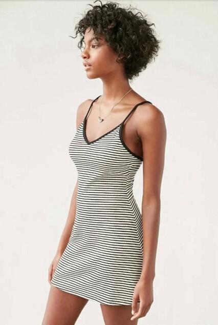 HTB1vD4GMpXXXXb5XpXXq6xXFXXX1 - FREE SHIPING Sexy Backless Cross Strappy Halter Striped Dresses JKP278