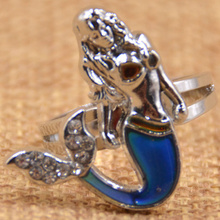 Fashion Jewelry Medusa Crystal Ring Creative Gift Mood Ring Mermaid Smart Rings for women Temperature Change Color Ring