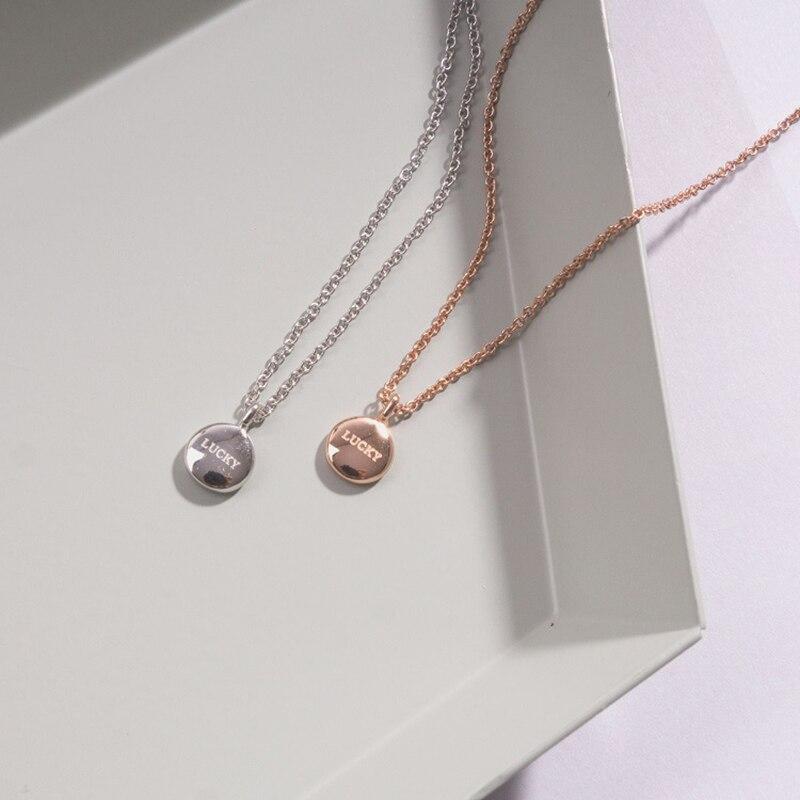 ded1d87d840b € 4.57  Collar de letra de la suerte oro rosa pequeño colgante redondo  tendencia Simple collares para mujer joyería personalidad encanto Collier  ...