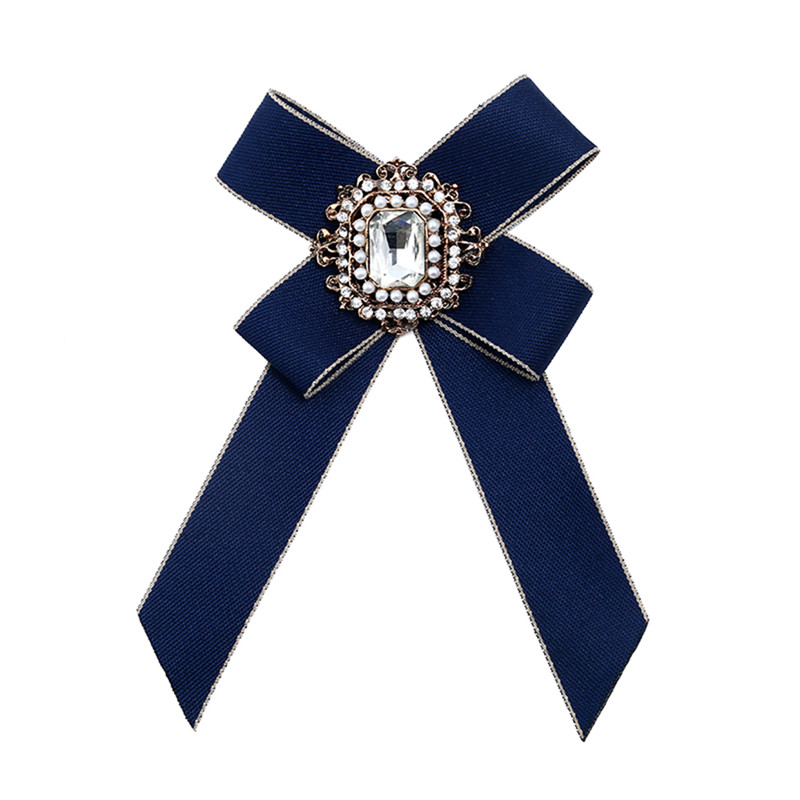 Jewelry Sets & More Women Heart T-shirt Cufflinks Mini Rhinestone Inlaid Sleeve Accessories Wedding Groomsman Cuff Link Big Promotion Jewelry & Accessories