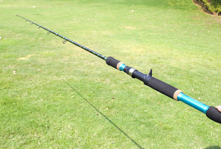 2.28/2.4m Casting Lure Rod Carbon Fiber Fishing Rod XH Power Strong 2 Section Lure Rod Snakehead Fishing Rod camouflage color 2 4m casting lure rod carbon m hard fishing rod fishing gear snakehead fishing rod for black fish pesca vissen