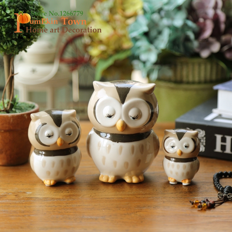2019 NEW HOT SALE Happy family of three owl ornaments,colored glazed ceramic owl ornaments,head eagle,as a birthday present
