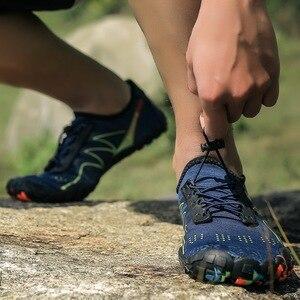 Image 3 - 夏ノンスリップ上流水耐摩耗性裸足5本の指の靴女性男性速乾屋外スニーカー