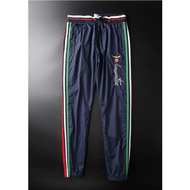 Alta calidad 2016 Aeronautica Militare Hombres Joggers Pantalones Para Hombre Marca de ropa Pantalones y Pantalones Deportivos Ejército militar Hombre P021