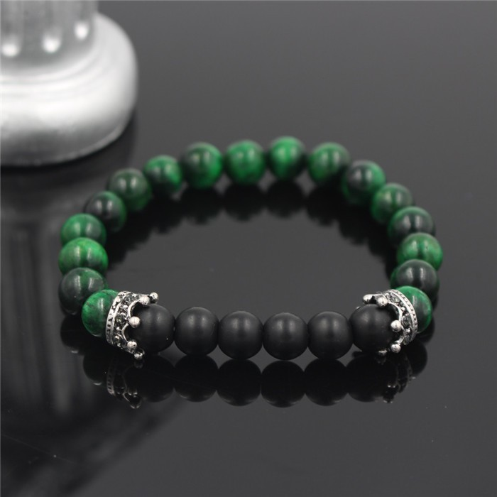 silver-imperial-crown-with-glossy-green-stone-black-bracelet-1