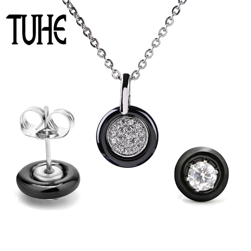 Exquisite Jewelry Set For Women Crystal Stud Earrings And Small Round Rhinestone Pendant Necklace Simple Fashion Jewelry Gifts