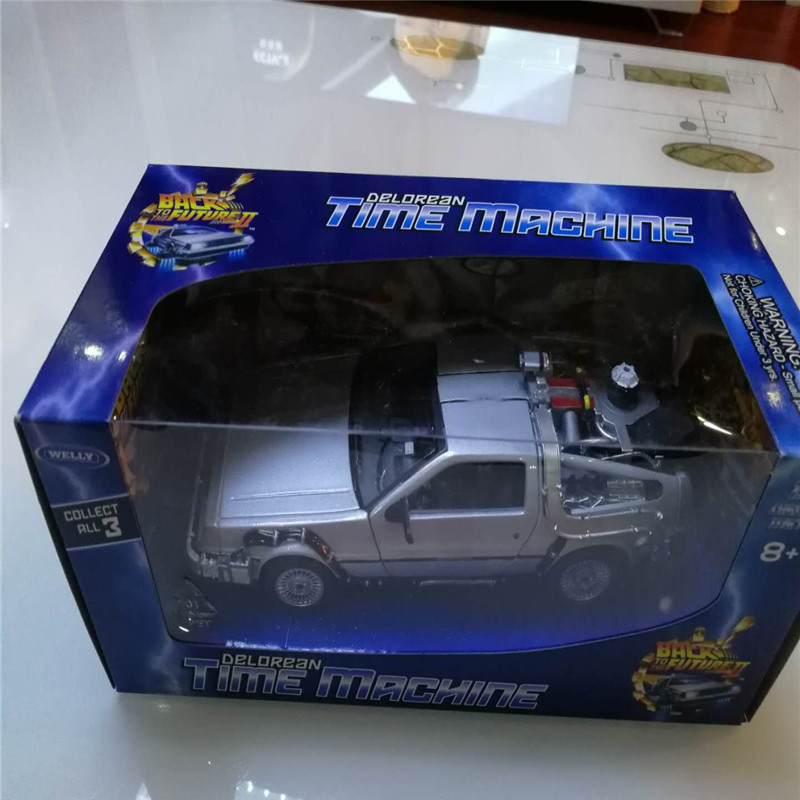 WELLY 1:24 Diecast Scale Model Car Movie Back To The Future Metal Toy Car Alloy Classic Car Kid Toy Vehicle Gift Cars Collection