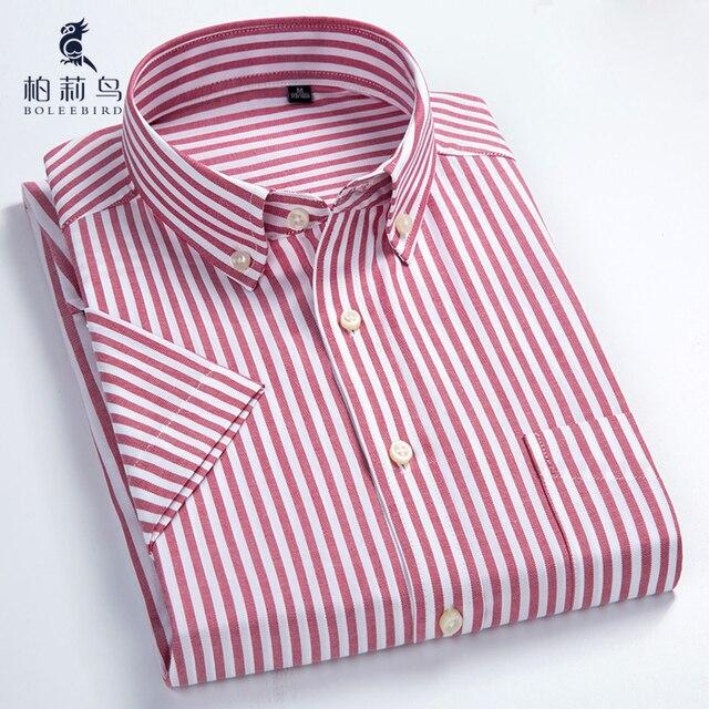1b5df2a54c BOLEEBIRD Manica Corta da Uomo A Righe Oxford Camicia di Vestito con Tasca  Sul Petto A