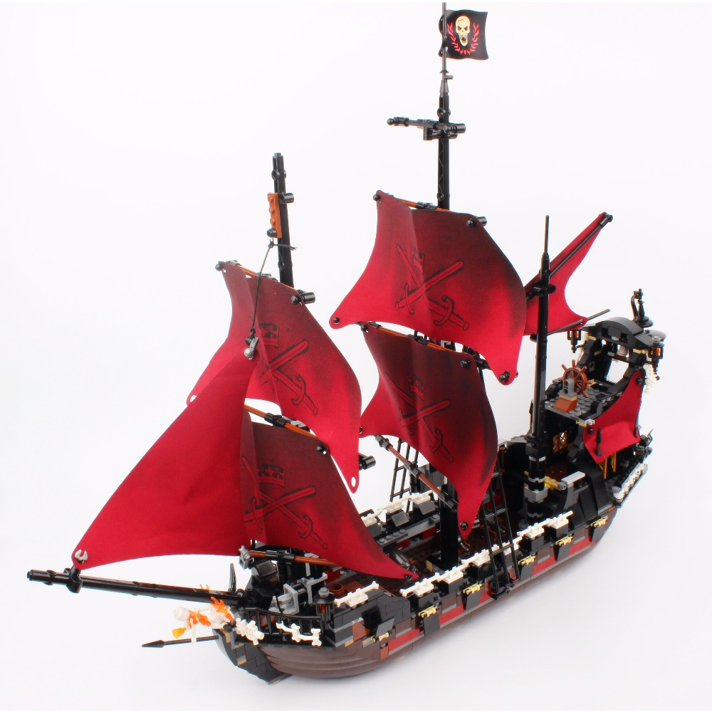 New LEPIN 16009 1151pcs Queen Anne's revenge Pirates of the Caribbean Building Blocks Set Bricks Compatible legoed 4195 lepin compatible 16009 1151pcs pirates of the caribbean queen anne s reveage model building kit blocks brick toys for kids 4195