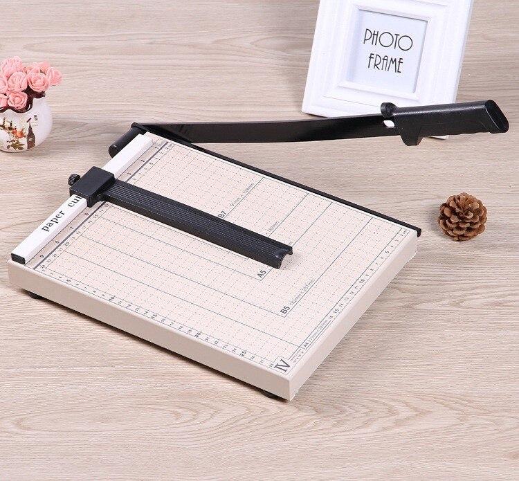 guillotine cutting machine 04