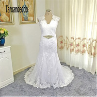 2017 V Neck Applique Lace Crystals Belt Mermaid Plus Size Wedding Dress Elegant Lace Open Back