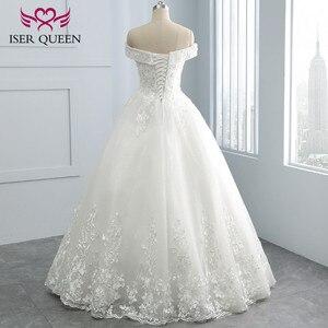 Image 2 - Bordado vintage uma linha de renda vestido de casamento boné manga v pescoço lantejoulas pérolas frisado plus size mariage vestido de casamento wx0109