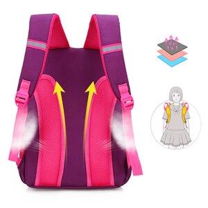 Image 4 - İlköğretim okul çantaları ortopedik sırt çantası kız erkek su geçirmez sırt çantası sevimli baskı yürümeye başlayan sırt çantası mor Mochila Escolar