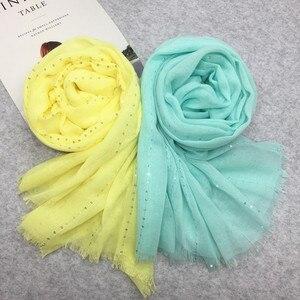 Image 2 - ファッション平野ソリッドグリッタースパークリングスパンコール女性スカーフ/スカーフきらめきヒジャーブショールイスラム教徒のヘッドスカーフラップ 10 ピース/ロットホット販売