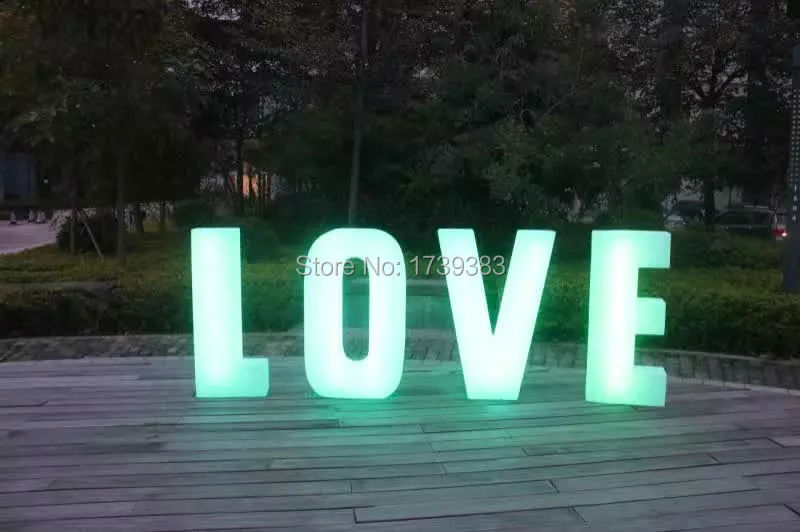 Marquee Letters Verlichting : Waterproof height cm plastic led light up letters rechargeable