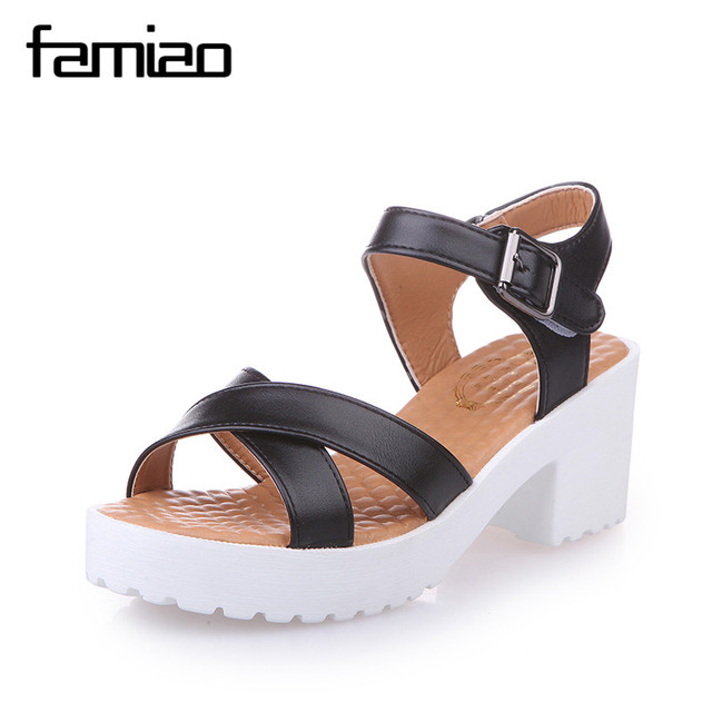 Sandalias Mujer 2016 Summer Gladiator Sandals Women Aged Leather Flat Fashion Sandals Comfortable Ladies Shoes