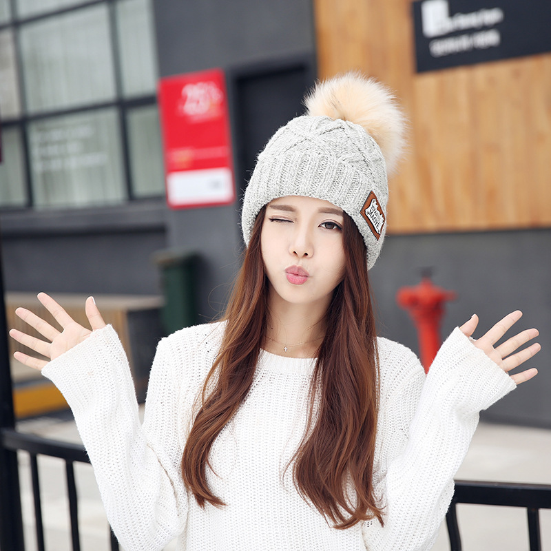 Pompons de moda Chapéus de Inverno Para Mulheres Sólidos Rosa ... 3b83705920e
